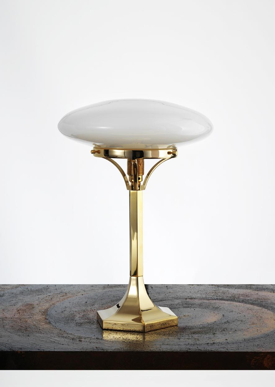 Art Deco Gold. Lampada da tavolo Josef Hoffmann